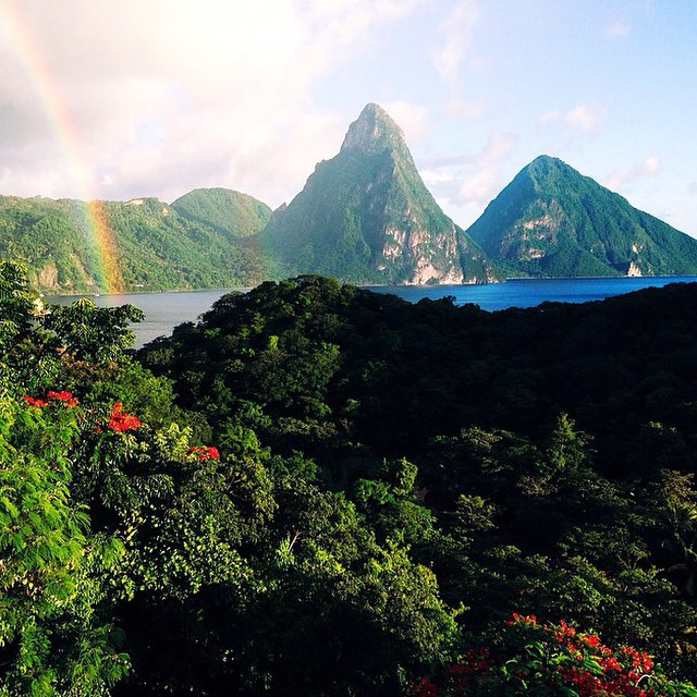 A stunning double #rainbow captured by @isseybizz at #AnseChastanet! #StLucia #luxury #travel #pitons #tropical #paradise #regram