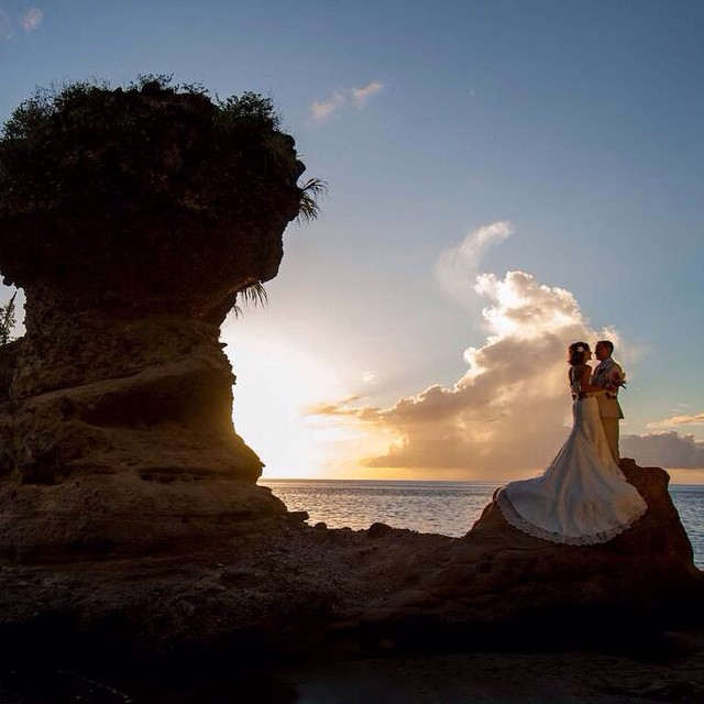 The pristine beauty of #AnseChastanet and #StLucia make for a picture perfect wedding backdrop! #stlucia #weddings